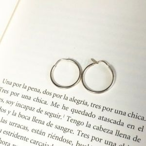 925 MEXICAN STERLING SILVER SMALL HOOPS